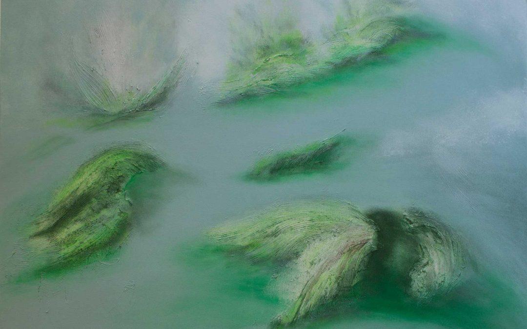 Wasser, Sand und immer wieder Grün.